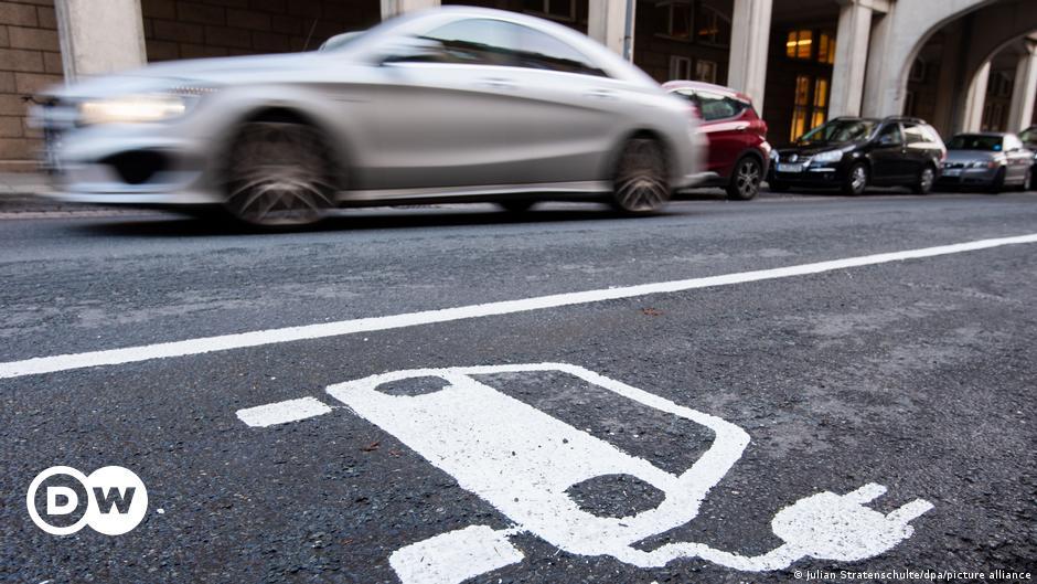 Welchen ökologischen Fußabdruck haben Elektroautos wirklich?     Geschäft    Wirtschafts- und Finanznachrichten aus deutscher Sicht    DW