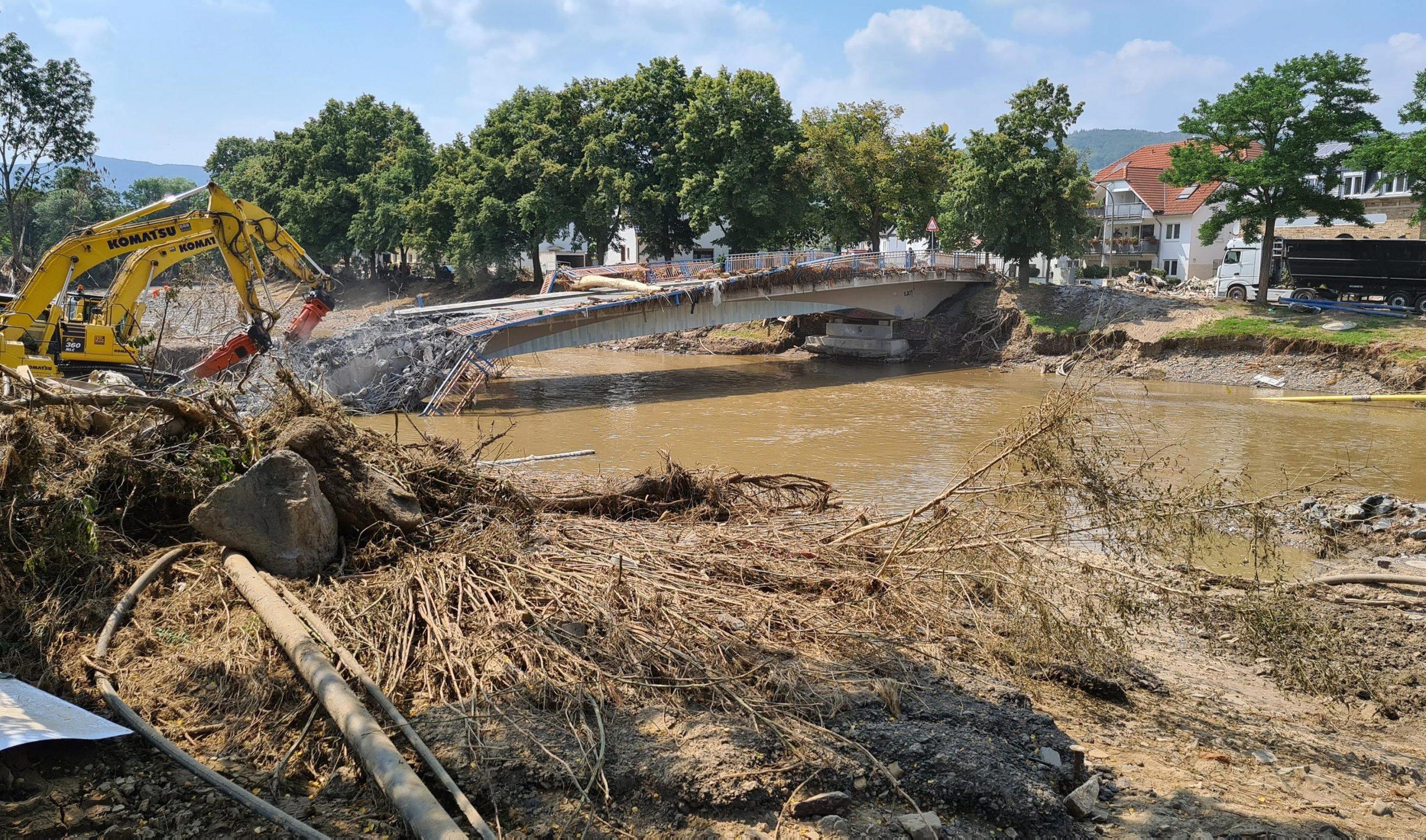Bewohnerinnen und Bewohner deutscher Hochwasserstädte erzählen von der kurzen Zeit