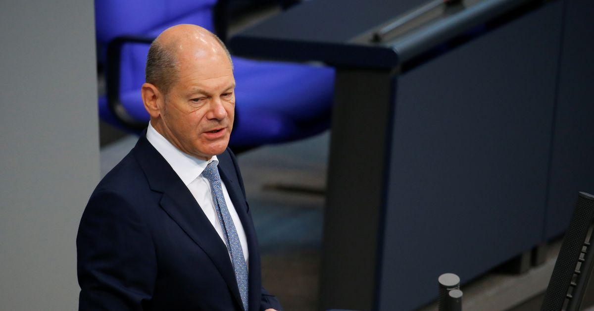 """Bundesfinanzminister Schulz sagte, das OECD-Steuerabkommen sei ein """"enormer Fortschritt""""."""