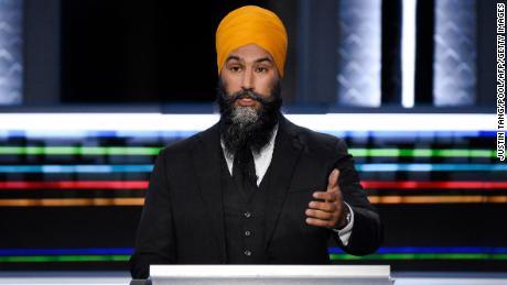 Der Vorsitzende der National Democratic Party, Jagmeet Singh, spricht während der Debatte der englischen Führer bei den Bundestagswahlen in Gatineau, Quebec, am 9. September 2021.