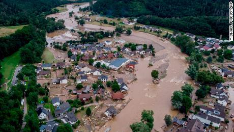 Die Studie schätzt, dass die Wahrscheinlichkeit tödlicher Überschwemmungen in Deutschland 9-mal höher ist als die des Klimawandels